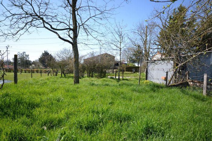 Maison ancienne de village avec terrain LES HERBIERS immobilier à vendre au prix de 69875 euros