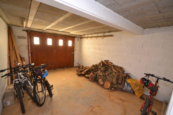 Maison sur demi-sous-sol avec acc�s de plain-pied et terrain CHAVAGNES LES REDOUX immobilier à vendre au prix de 128400 euros