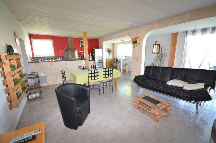 A vendre MAISON sur secteur BOURNEZEAU avec 76 m² de surface habitable