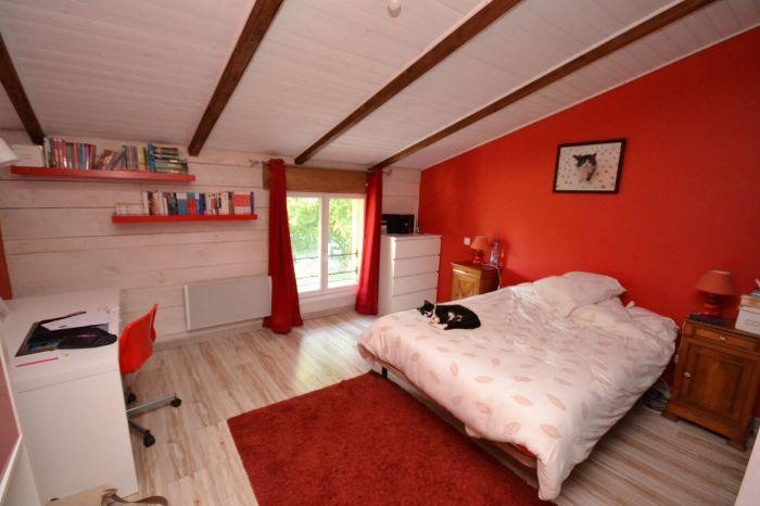 A vendre MAISON sur secteur BOURNEZEAU avec 190 m² de surface habitable