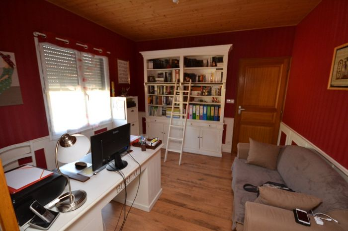 Maison plain-pied avec terrain à vendre BOURNEZEAU au prix de 304500 euros