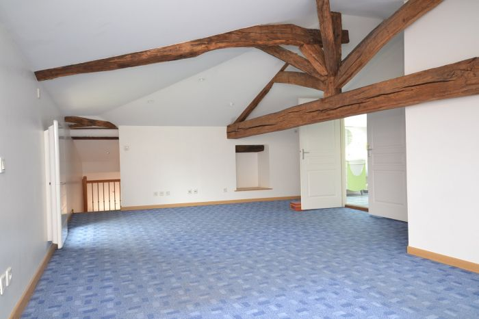 A vendre MAISON sur secteur CHANTONNAY avec 120 m² de surface habitable