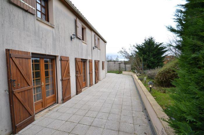 Charmante maison de campagne ST HILAIRE LE VOUHIS immobilier à vendre au prix de 138450 euros
