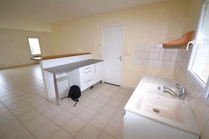 A vendre MAISON sur secteur BOURNEZEAU avec 87 m² de surface habitable