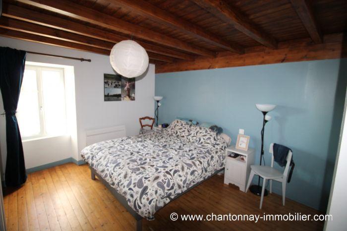 Mouchamps - Maison ancienne pleine de charme dans quartier t à vendre MOUCHAMPS au prix de 208820 euros