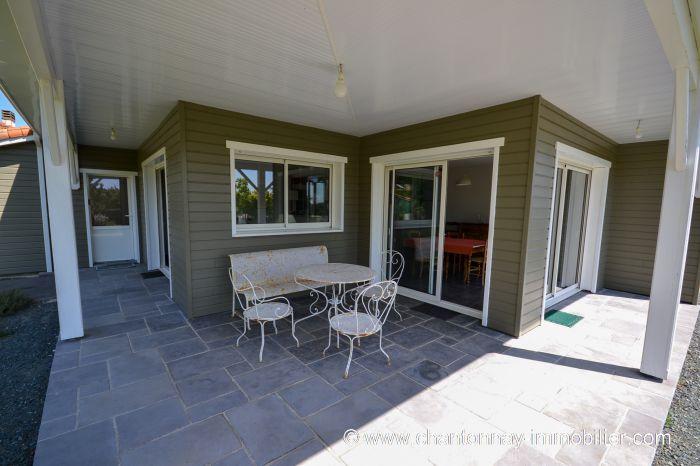 CHANTONNAY - Tr�s jolie maison ossature bois à vendre CHANTONNAY au prix de 263750 euros
